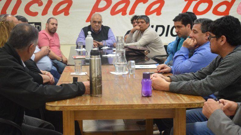 Los transportistas reclaman por la eliminación del precio diferencial del gasoil en la Patagonia