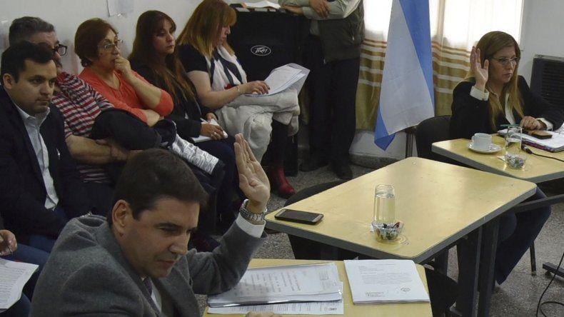 Ante la negativa del juez Albarrán de responder un requerimiento legislativo por denuncias de abuso sexual que involucran al concejal Martínez