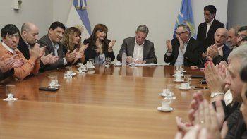 A diferencia del Gobierno nacional, nosotros venimos haciendo las cosas muy bien, dijo el gobernador Arcioni.