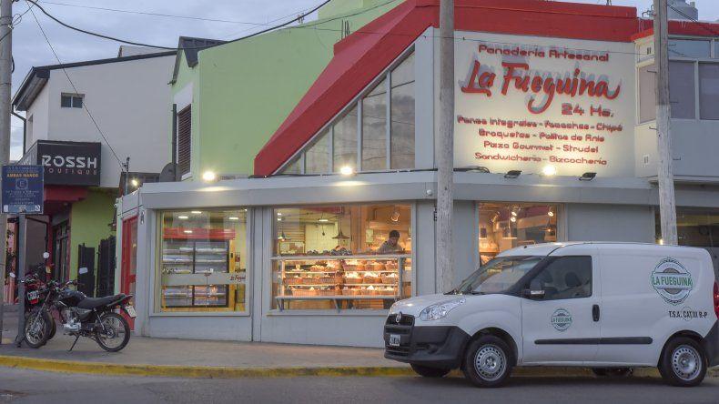 La empleada fue asaltada en inmediaciones de la panadería.