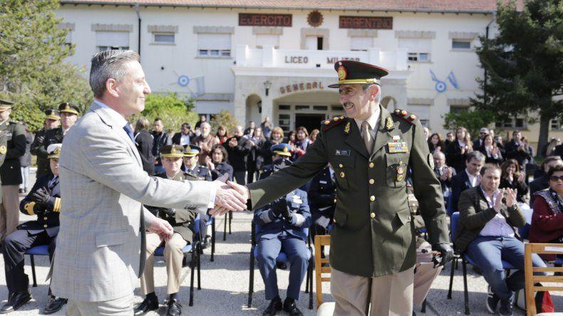 Arcioni participó de la celebración de los 52 años del Liceo Militar General Roca