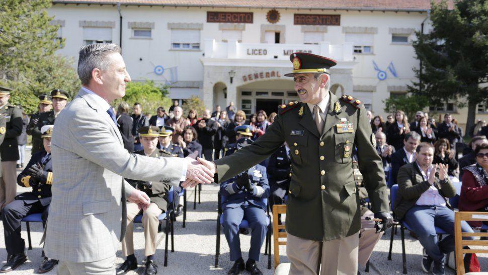 Arcioni participó de la celebración de los 52 años del Liceo Militar