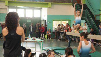 Las gimnastas rondan entre los 7 y los 22 años y los niveles que participan son D, C1, C2, C3 y B3.