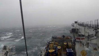 La búsqueda se había reanudado el viernes luego que el buque de Ocean Infinity tuviera que suspender momentáneamente sus operaciones debido a las adversas condiciones hidrometeorológicas.