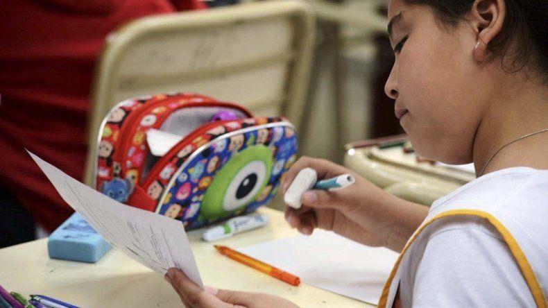 Aprender evaluará los aprendizajes de estudiantes de 6° grado en las áreas de Lengua y Matemática.