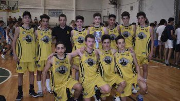 Náutico Rada Tilly es uno de los equipos que participa en el torneo Clausura de la ACRB con sus diferentes categorías.