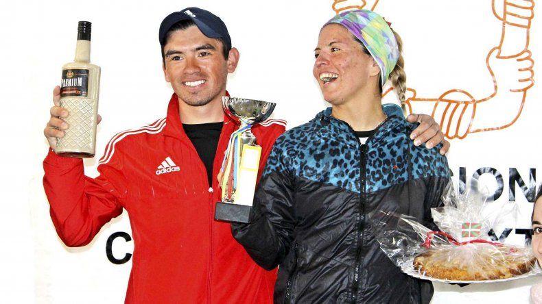 Miguel Licanqueo y Natalia Trabol