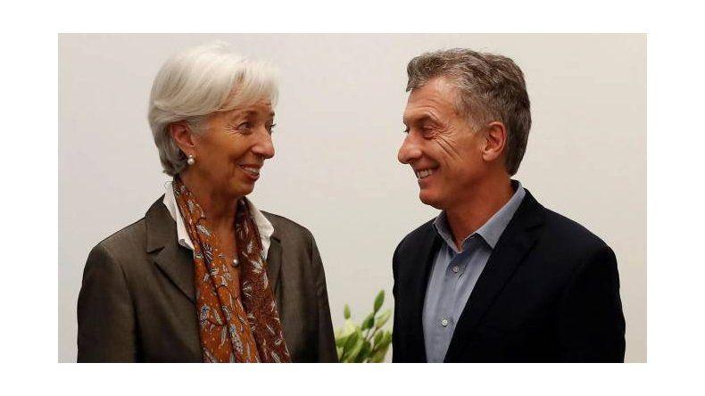 Macri quiere que Argentina se enamore de Lagarde