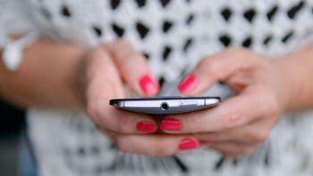 AFIP permite el ingreso de celulares y notebooks sin pagar