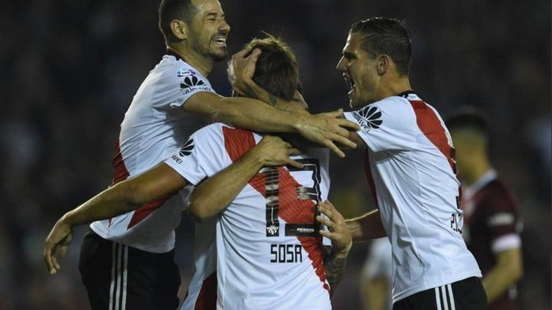 River aplastó a Lanús 5 a 1 para seguir firme en la Superliga