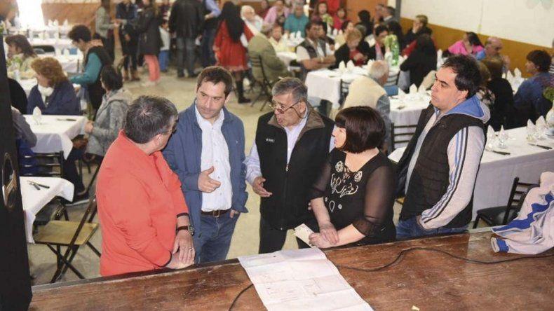 Más de 80 personas participaron del  festejo del Día del Jubilado en Laprida