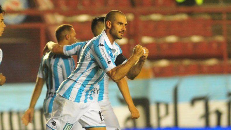Racing sigue puntero luego de superar a Argentinos