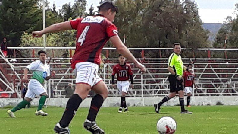 Foto: www.futbolcomodorense.com.ar