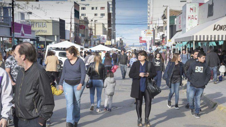 El centro comercial a cielo abierto convocó a los cientos de comodorenses