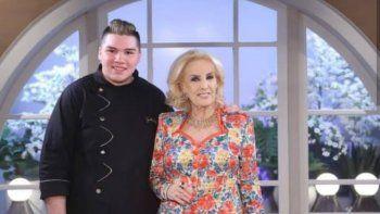 Gastón Salas preparó el postre en el programa de Mirtha Legrand