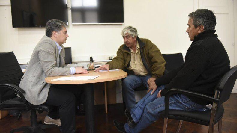 El secretario de Gobierno se reunió con las nuevas autoridades de Taxistas Unidos.