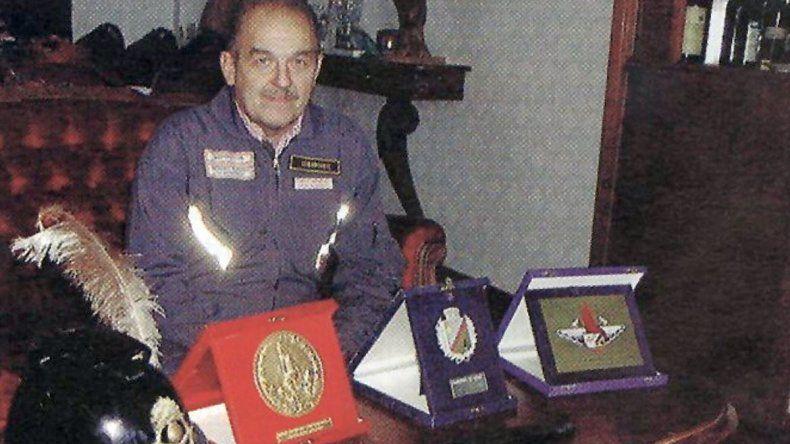 Con más de 40 años de servicio, Bomberos despide a Enrique Koprowski