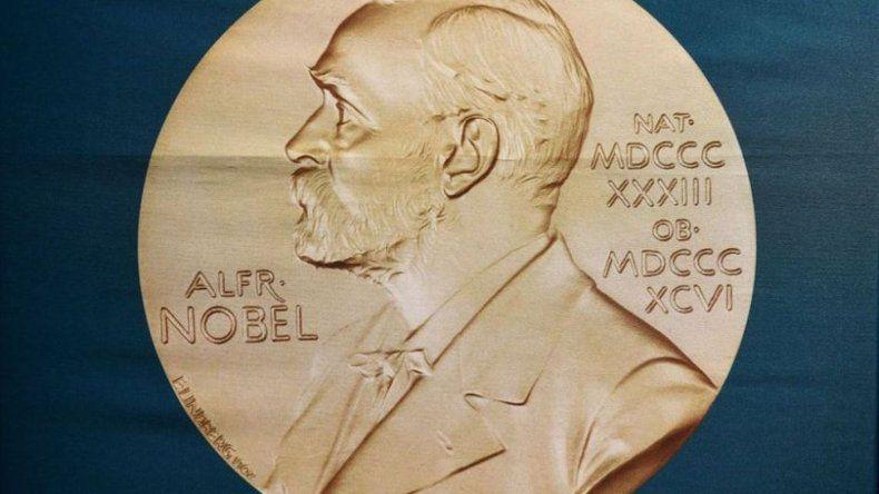 El Nobel de Química por avances en el desarrollo de proteínas, fue compartido