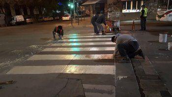 seguridad vial: demarcan cruces  peatonales en el casco centrico