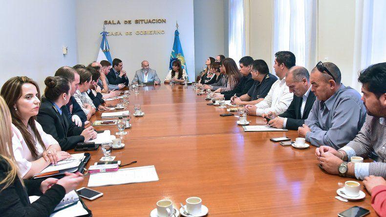 El encuentro que se desarrolló ayer en la Casa de Gobierno para coordinar aspectos logísticos.