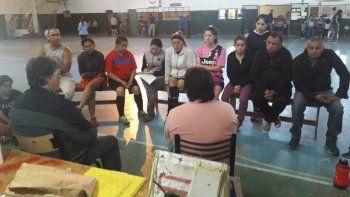 Con el afán de relevar la realidad del fútbol de salón femenino, funcionarios recorren la provincia.