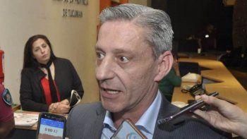 el gobernador tambien firmo con nacion  un refinanciamiento del fondo fiduciario