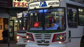 el transporte publico continuara sin funcionar de 22 a 6