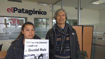 La hermana de Daniel Ruiz, Florencia, y el integrante del PSTU, Alejandro Bassi, pidieron la liberación del exdelegado de SP. Mañana se realizará un festival para pedir su libertad.