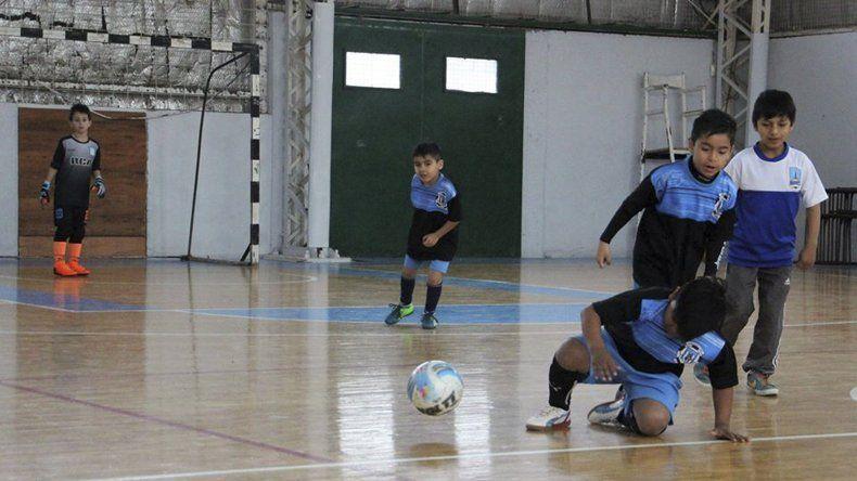 Los chicos tendrán un fin de semana de mucho fútbol infantil.