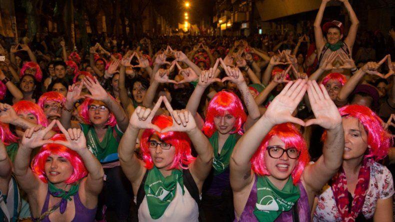 Chubut decretó licencia para personal que participe del Encuentro de Mujeres