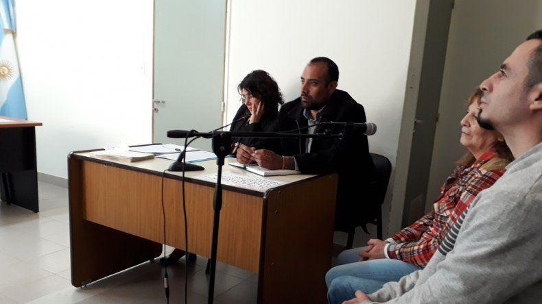 Madre e hijo seguirán presos por el femicidio de Valeria Vivar