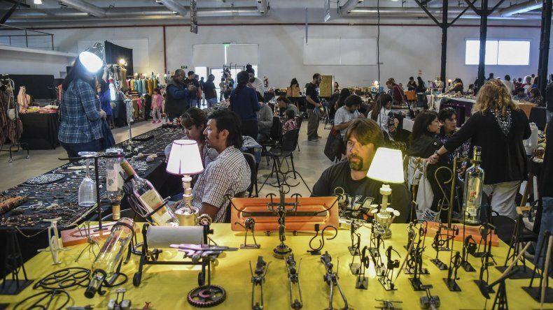 La tercera edición de la feria de la Asociación de Artesanos de Comodoro Rivadavia y su Comarca comenzará hoy en el Centro Cultural.