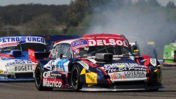 El Ford de Marcelo Agrelo que ayer se ubicó sexto en la segunda serie del TC Pista.