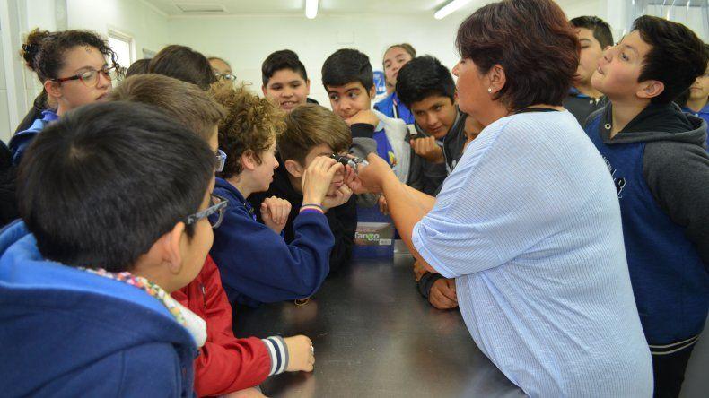 Alumnos de la Escuela 760 visitaron las instalaciones de la Agencia Comodoro Conocimiento.