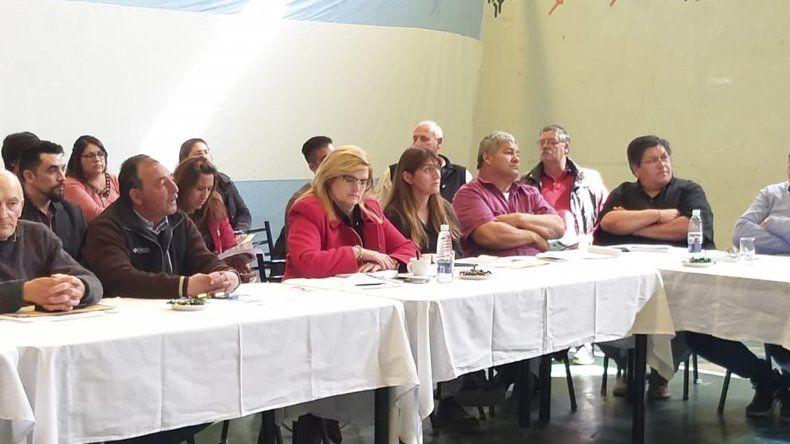 La reunión del Comité de Cuenca que se realizó en la localidad de Río Senguer.