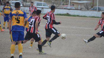 Stella Maris fue más regular y se quedó con el liderazgo de Talleres Juniors. (Foto: Angel Romero).