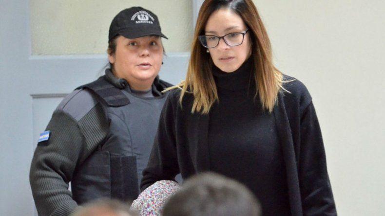 En prisión domiciliaria Julieta Silva hizo una reunión de amigas