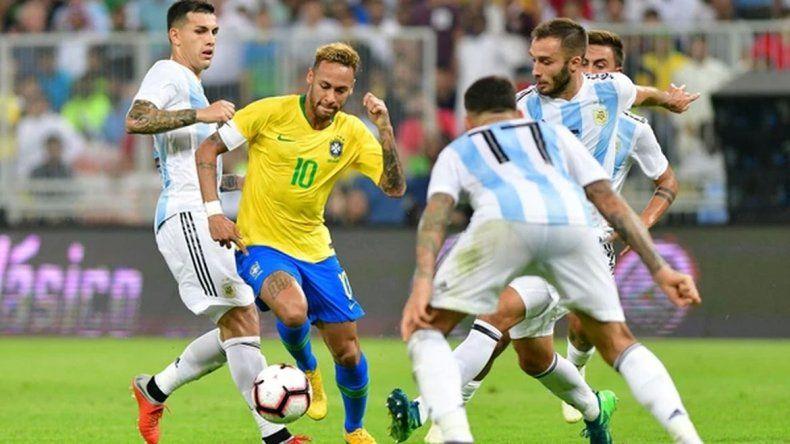 Argentina perdió el partido contra Brasil en el último minuto