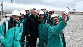 macri inauguro el parque eolico y anuncio obras