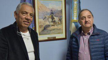 Soloaga recibió a Linares en su despacho a media tarde del miércoles y luego lo invitó a recorrer diferentes sitio públicos de Cañadón Seco.