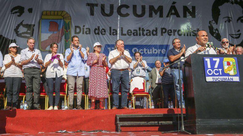 Juan Manzur al hablar durante el acto que se realizó en Tucumán.