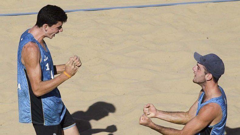 Mauro Zelayeta y Juan Bautista Amieva Tarditti sumaron la séptima medalla para Argentina.