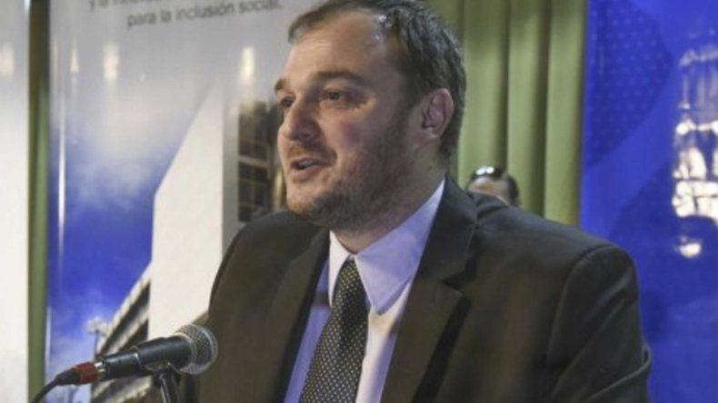 Carlos De Marziani repasó la crítica situación presupuestaria que atraviesa la universidad.