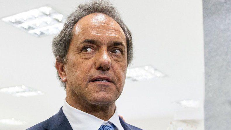 Piden juicio oral para Scioli por tráfico de influencias