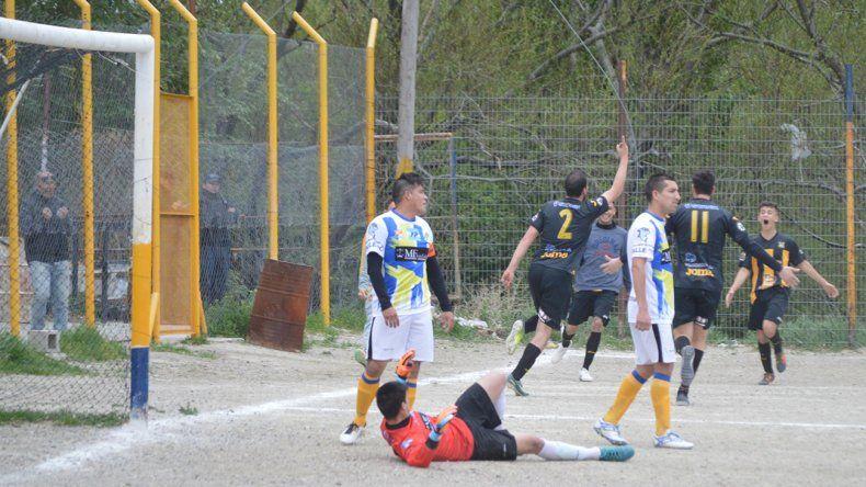 Rada Tilly viene de vencer 3-1 a Oeste Juniors.