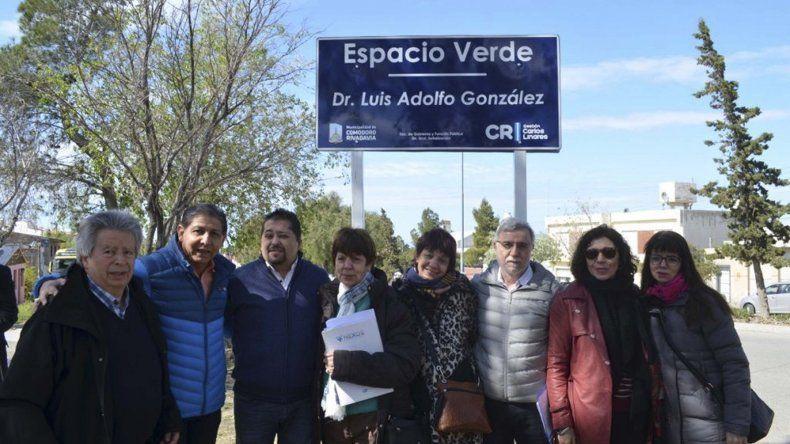 Un bulevar del barrio José Fuchs lleva  el nombre del doctor Luis González