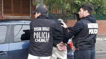 un detenido en neuquen por un caso de narcotrafico en chubut