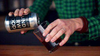 Llega el vino en lata para competir con la cerveza