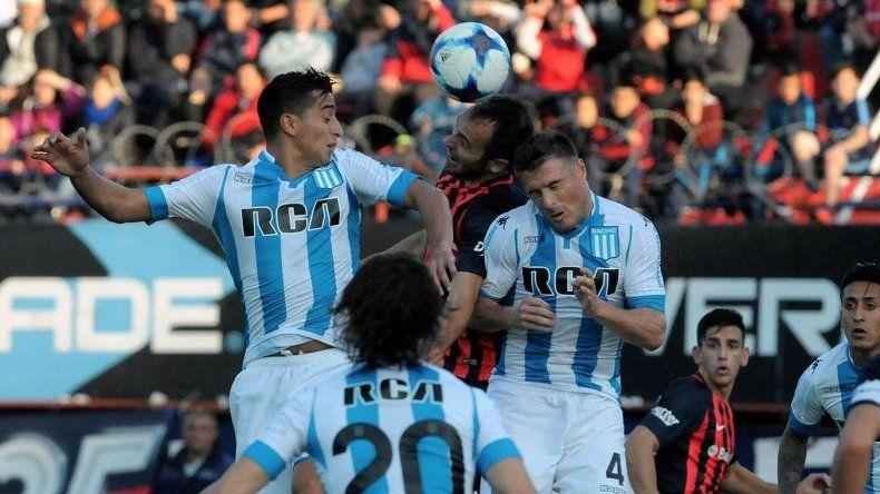 Racing y San Lorenzo jugarán a las 11 del domingo en el Cilindro de Avellaneda.