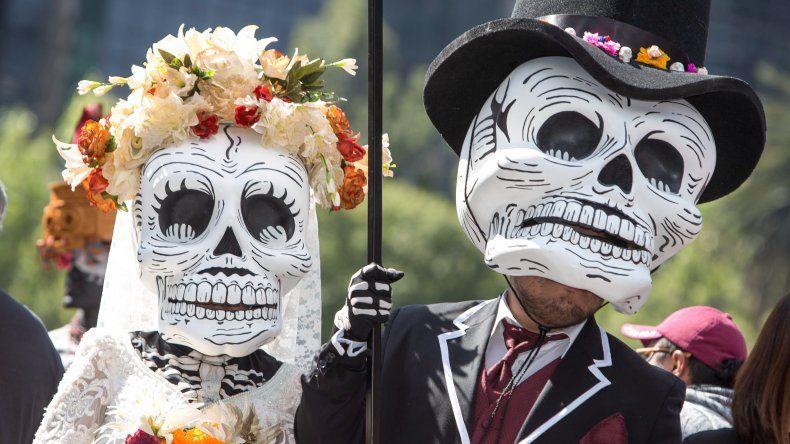 Los muertos y los vivos se reencuentran en una fiesta